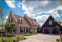 Boerderijwoning / Enkele woningen in boerderijstijl, gebouwd door Bloemfontein.