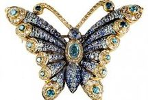 INSECTS IN THE JEWELRY / by Maria Dolores Fernandez