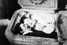 Memento Mori / Photographs taken of people in mourning & post mortem