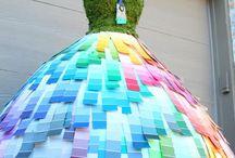 Vestidos de reciclaje.