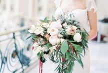 Wedding Bouquets / Bunches of blooms that are VERY pretty.  Bridal bouquets. Bridesmaid Posey.