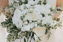 White On White Wedding Colour Palette / Crisp, Clean, Fresh White Colour Scheme