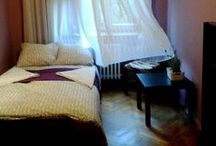 ROOM#2 private room with double bed / Great location - Basztowa street, windows with view on famous Planty Park. There is only one street to cross to be in Old City in Kraków. To Main station is 7 minutes by walk. I offer you private room with shared bathroom, no access to kitchen. The room has one double bed. price: 27 euro /per 2