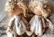 Anděly a panenky
