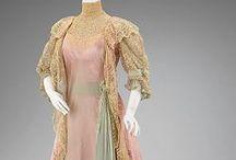 Ladies fashion early 1900's