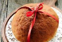 Joululeipää - Christmas bread / Tummaa saaristolaisleipää, yrttistä näkkileipää, kanelileipää riisipuuron kanssa ja joululimppua yöpalaksi. Leivo leivät itselle ja ystävälle <3