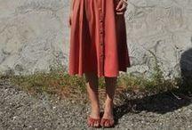 lovetomtom || Summer style / Exploring summer through jumpsuits, culottes & skirts.   www.lovetomtom.com/summertrends