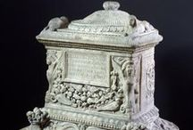 Urns / Collection of urns and unique containers for ashes