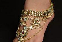 Biżuteria na dłonie i stopy