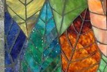 mozaiki/mosaics, witraże/stained glass, kamienie,kamyki/stones,pebbles