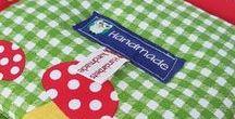 Babydecken & Krabbeldecken / Individuelle Decken und Handarbeiten für Kinder und Babys  https://www.handarbeitsgeschenke.de/baby-kinder/