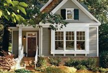 Dream Cottage/Bungalow's / by ohsoshabbybydebbie.com