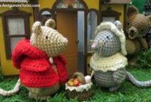 Knitted toys & amigurumi
