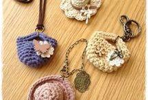 Knitting & crochet small things / Вязаные мелкие штучки: идеи и схемы