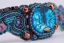 Artivi bead jewelry / Handmade bead jewelry from Artivi