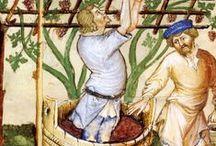 """Moyen-Âge1  Calendriers / Le calendrier permet d'organiser son temps par jour, par semaine, mois ou année. Au Moyen-Age le calendrier est inclus dans le """"livre d'heure"""" qui permet d'organiser le temps en fonction des exigences religieuses (prier, fêter les saints, etc. Mais les calendriers existent aussi pour permettre aux bergers ou aux passionnés du ciel d'organiser leurs observations, leurs activités rurales. Voir le tableau spécial du calendrier compris dans """"Les très riches heures du duc de Berry"""" (1400)."""