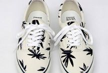 """⒮⒣⒪⒠⒮ / """" Funny how much a girl will spend on shoes that are meant to drag across dirty sidewalks """""""