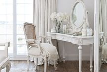 Interior design inspiration / Antiques, french interior design, old england style