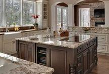 Kitchen Designs We Love! / Beautiful kitchen decor and designs that inspire us!