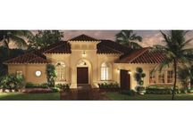 more home exteriors / by mabel reyes