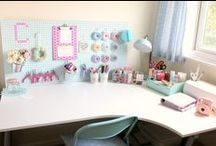 Craft room / Ideas for a beautiful, functional craft room or home office.