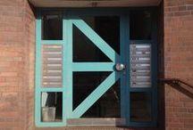 La Berlina ◊ Berlin Doors / Different door styles I see around in Berlin. From 2009 onwards. // Diferentes tipos de porta que vejo por Berlin. De 2009 em diante.