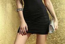Krátké Dámské šaty z SHIM.cz levná móda pro každého / Na této nástěnce naleznete veškeré krátké a mini šaty. Většinou se jedná o šaty, které nesahají dále než do půli stehen.