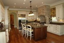 Cool Kitchens and Baths / Great design in kitchens and baths.