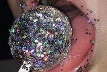 I LOVE GLITTER / Glitter photography, glitter makeup. Glitter love! ♡ & stars! ★ ✩ ✮  #fashion #photography