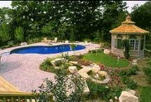BackYard Landscaping Ideas / Landscaping Ideas for Your Back Yard (Samples of Real Projects)