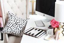 Interior: Feminine Offices / Perfect Interior Ideas for Blogrooms / Offices / Hobbyrooms in mostly pastel colours    Schöne Einrichtungsideen für Blogzimmer / Büro / Hobbyzimmer in Pastelltönen