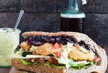 Food: Sandwich Satisfaction / A collections of the most yummiest sandwiches on Pinterest. I love when it has got various kinds of salad on it   Eine Sammlung der leckersten sandwiches / Stullen auf Pinterest. Ich liebe es, wenn viele verschiedene Salatsorten im Rezept dabei sind