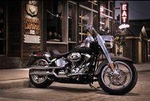 Motorcycles / by Ilke Sunlove