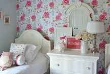 Shabby chic things!! / all about vintage flowers