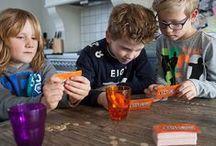 Squla spellen / Squla speel je niet alleen online, maar ook met de leerzame kaart -en bordspellen. De spellen zijn ontwikkeld door onderwijsspecialisten en game-experts en sluiten aan bij de belevingswereld van kinderen in de groepen 1 t/m 8.