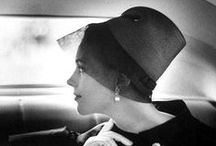 Vintage Cocktail Hats / We long for the time when women of style dressed for dinner, travel and most occasions in between. Here we honor the accessory that one simply couldn't live without!