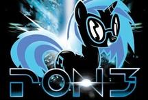 Ponies <3 / by Catvontea .