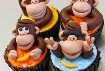 Cupcake heaven...animals / by Sue Evans