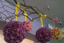 Fun time with flowers / A selection. Of creative. And different designs in flowers