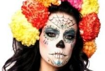 DIY Day of the Dead Dia de los Muertos Costume & Makeup Ideas / Costume Ideas to make, modify or mash-up costumes, makeup, food and crafts for celebrating Dia le los Muertos or Day of the Dead. Find DIY craft ideas, recipes and sugar skull skeleton makeup inspiration for this holiday that celebrates the lives of those who have passed on.