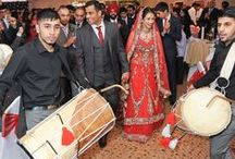 The Auction House - Asian Wedding Venue / The Auction House is a stunning, contemporary venue in Luton holding up to 700 guests and offering first class Asian cuisine.