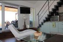 Galerie - apartmán / Interiér a vybavení našeho apartmánu. Nechybí samozřejmě klima, lehátka, plynový gril či velká pohodlná postel s romantickým francouzským oknem.