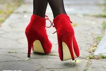 Ravishing Reds / The Color Red