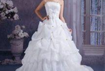 Wedding Stuff / by Leah Fontenelle