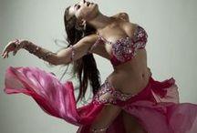 Rosa - Pink / A dança do ventre em cores. The colors of belly dance.   by Studio Dani Camargo - A dança do ventre em Campinas
