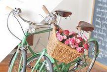 retro bikes / retro kola / modern? no, we praise retro! pure beauty!