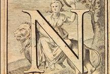 Grabados (Tipografia) / Iniciales orladas o con ilustraciones en nuestras colecciones de grabados antiguos : El Bibliomata http://www.flickr.com/photos/fdctsevilla/sets/