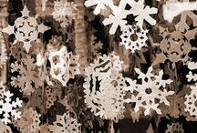 SNOWFLAKES TO MAKE !! / by MaryGrace McCord