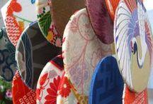 book-à-porter Fa-Vento / FA-VENTO PER LETTURE FRESCHE Ecco i nuovi book-à-porter FaVento: portalibro con ventaglio da lettura, per leggere al fresco! Bellissimi, coloratissimi, coordinatissimi e UTILISSIMI!!!!!