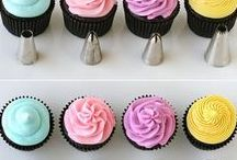 Decorating 101 / Not sure how-to decorate your cupcakes? Here's some inspiration for National Cupcake Day 2017! http://www.nationalcupcakeday.ca